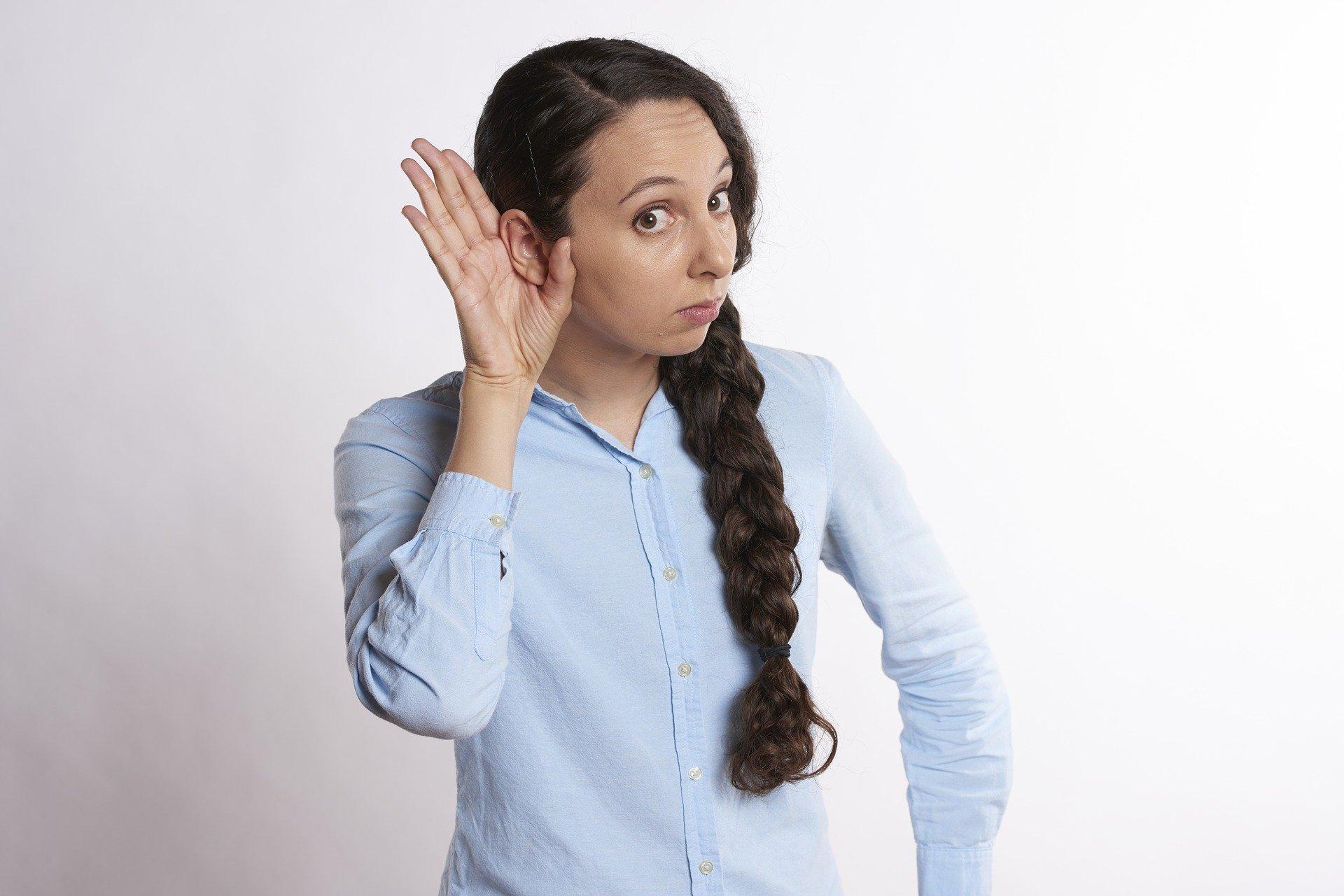 l'écoute en relation client au téléphone